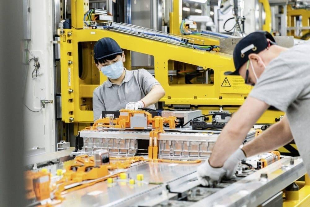 Mercedes-Benz Batterieprodukltion
